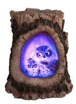 View Owl with Cub/LED on Tree Trunk---